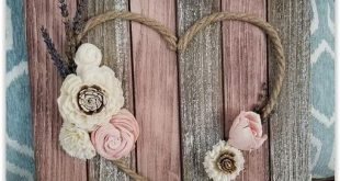 Twine Heart With Flowers Sign ... Palettenholz, Zaunbretter, Lackstifte oder ......