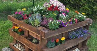 Ein Gatter und einen Zaun um Ihren Garten herum zu errichten, ist vielleicht eine gute Art - Mariposa Azucena