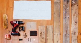 Pallet Makeover: Make a DIY Wedding Sign